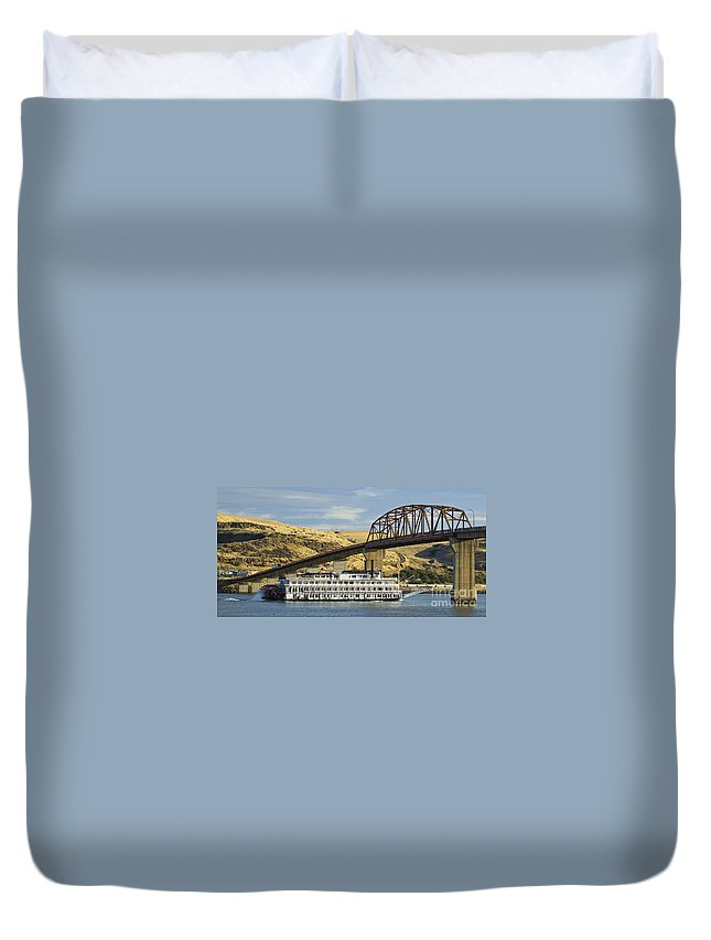 Steamboat Duvet Cover featuring the photograph Queen Of The West Paddlewheeler by Tim Mulina