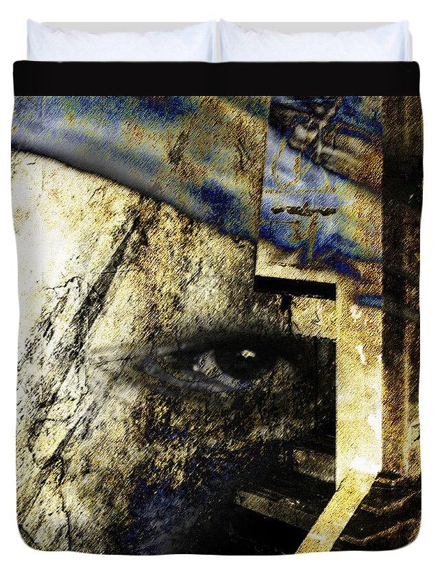 Egypt Duvet Cover featuring the digital art Ra by Ken Walker