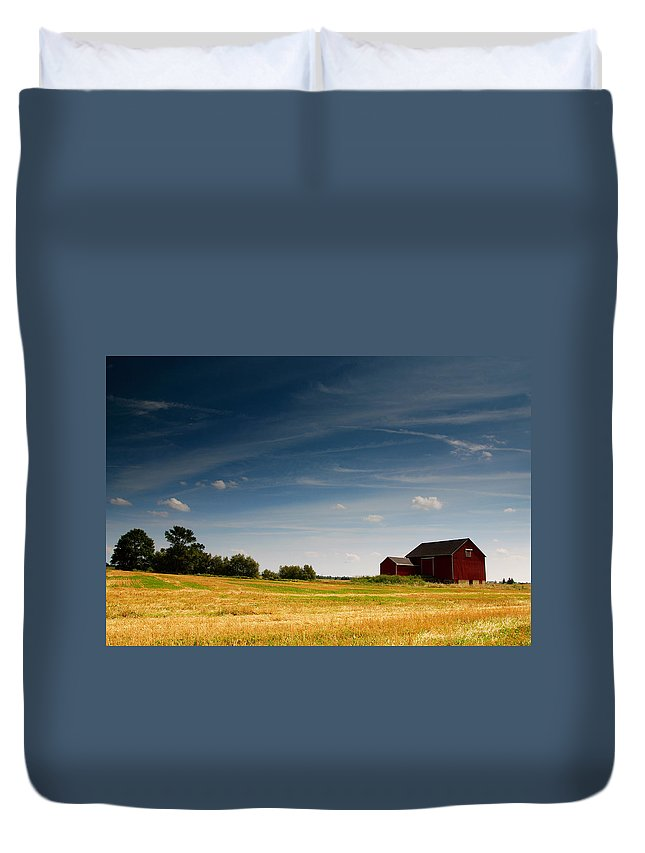 Barn Duvet Cover featuring the photograph Red Barn by Cale Best
