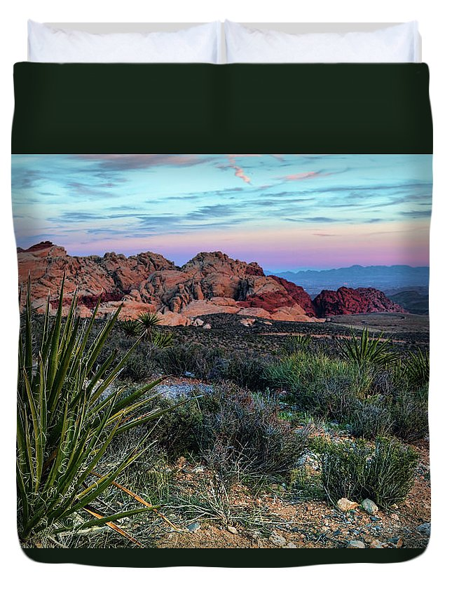 Nevada Duvet Cover featuring the photograph Red Rock Sunset II by Rick Berk