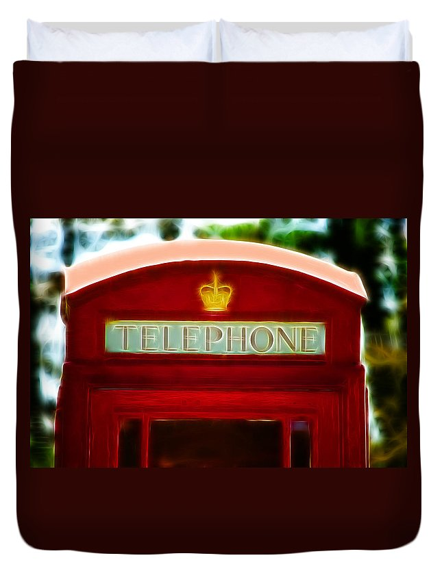 Telephone Box Duvet Cover featuring the photograph Red Telephone Box by Chris Thaxter