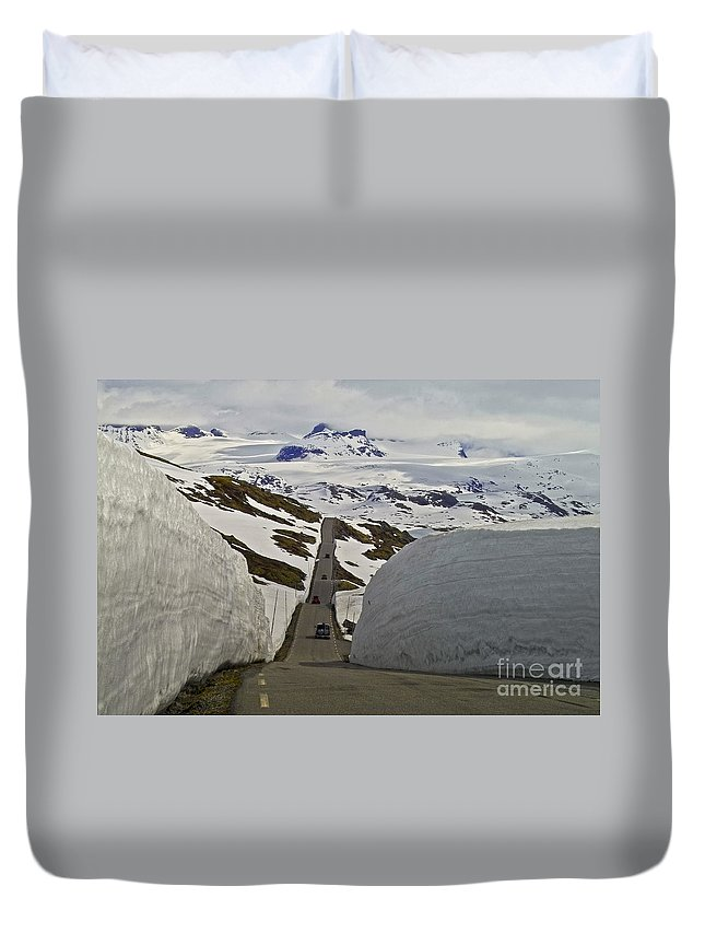 Europe Duvet Cover featuring the photograph Road To Nowhere by Heiko Koehrer-Wagner