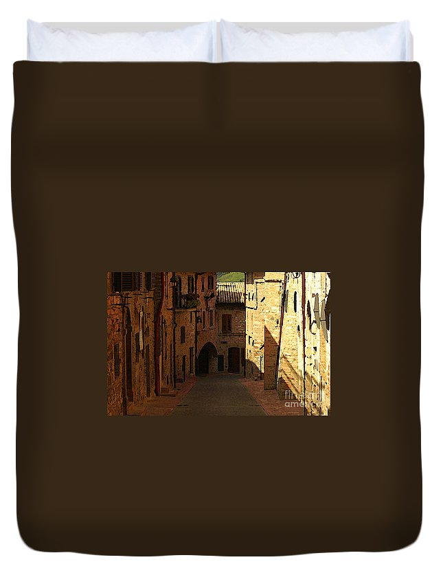 Rue Duvet Cover featuring the photograph Rue De La Italia by Mike Nellums