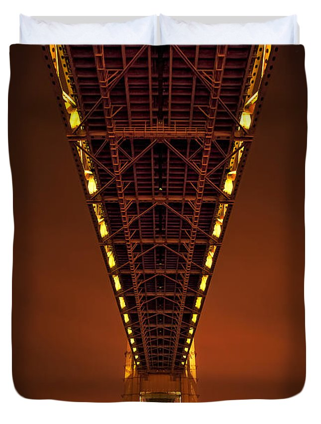 Verrazano Duvet Cover featuring the photograph Run Through The Night by Evelina Kremsdorf