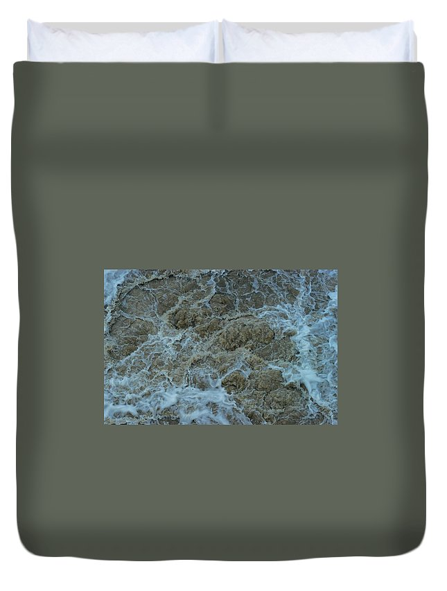 Dam Duvet Cover featuring the photograph Runoff by Joseph Yarbrough