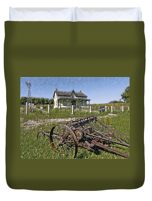 Grey Roots Museum & Archives Duvet Cover featuring the photograph Rural Ontario Sketch by Steve Harrington