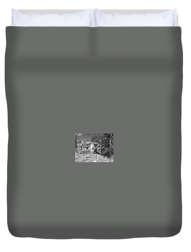 Hunting Duvet Cover featuring the photograph Rustic Abode by Greg Plamp