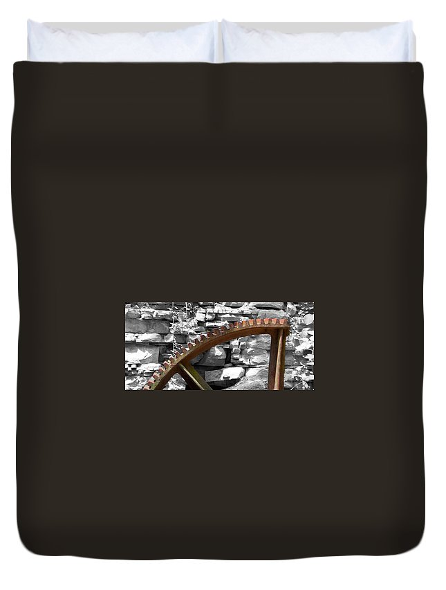 Guy Whiteley Photography Duvet Cover featuring the photograph Rusty Cog by Guy Whiteley