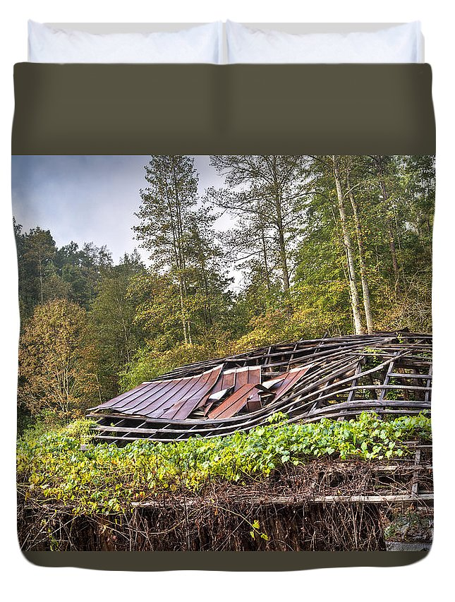 Roof Duvet Cover featuring the photograph Sagging Rooftop 1 by Douglas Barnett