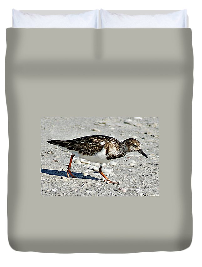 Sandpiper Duvet Cover featuring the photograph Sandpiper II by Joe Faherty