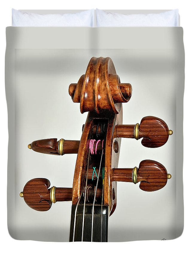Strad Duvet Cover featuring the photograph Scroll Front by Endre Balogh
