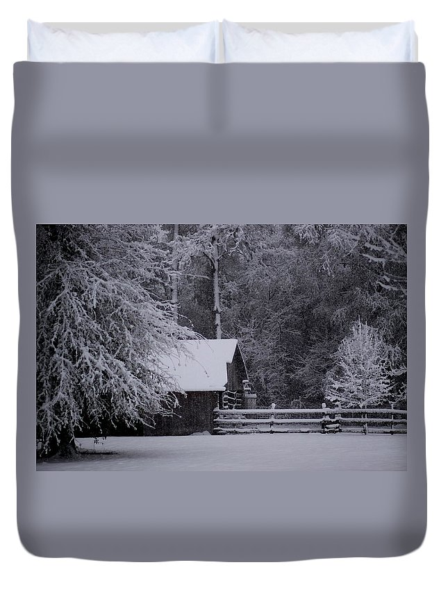 Barn Duvet Cover featuring the photograph Shelter From The Cold by Travis Truelove