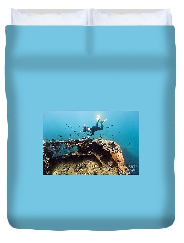 Diver Duvet Cover featuring the photograph Shipwreck And Diver by MotHaiBaPhoto Prints