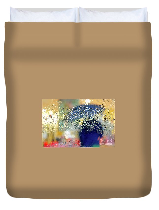 Abstract Duvet Cover featuring the photograph Silhouette In The Rain by Carlos Caetano