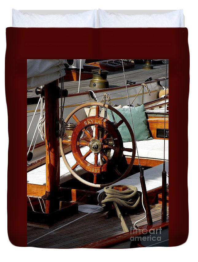 Sailboat Duvet Cover featuring the photograph Skylark by Lainie Wrightson