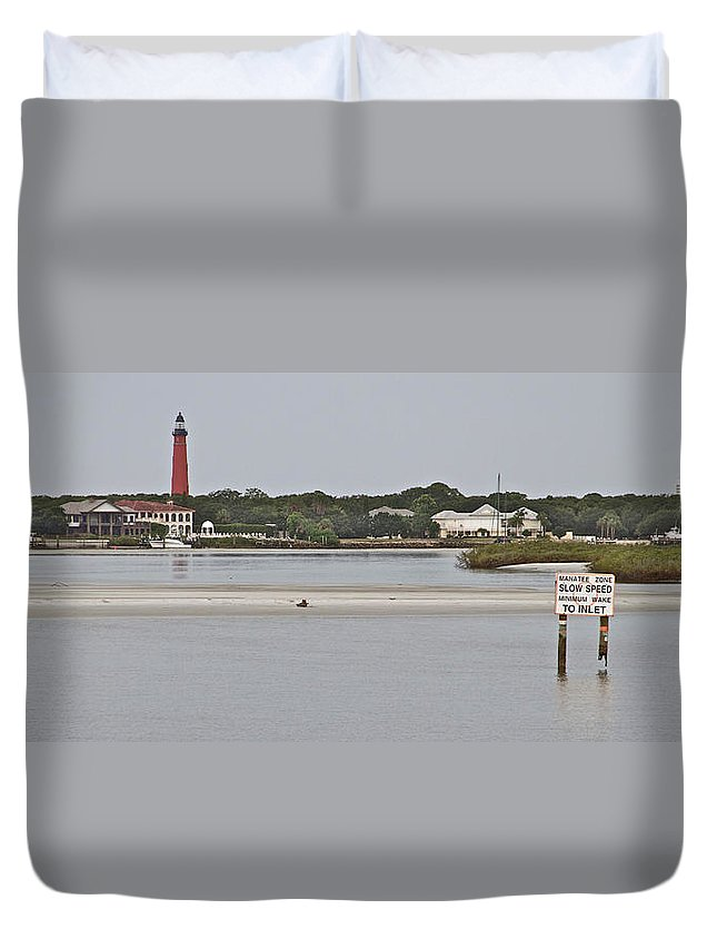 Ponce Inlet Lighthouse Scenic Waterway Water Florida Duvet Cover featuring the photograph Slow Speed by Alice Gipson