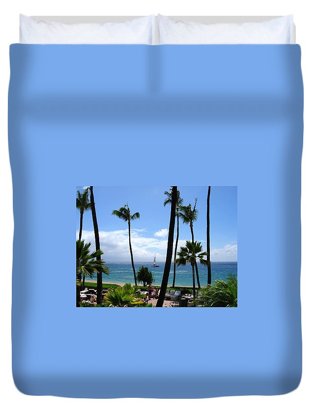 Palm Duvet Cover featuring the photograph Sparkling Sea At Kaanapali Maui by Connie Fox
