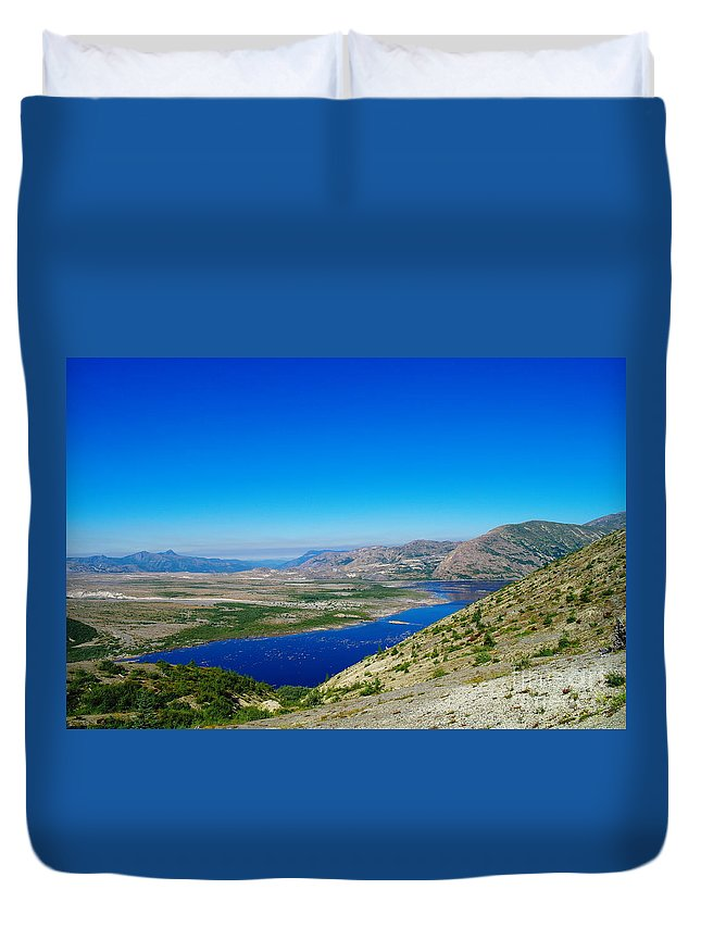 Lake Duvet Cover featuring the photograph Spirit Lake From Windy Point by Jeff Swan