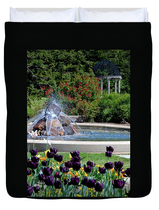 Maymont Duvet Cover featuring the photograph Spring At Maymont by Kelvin Booker