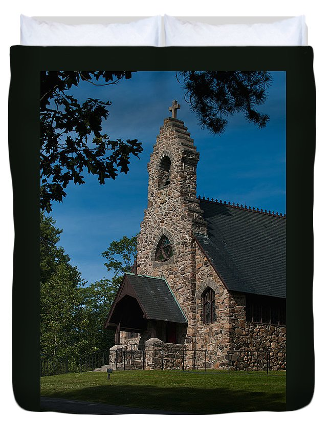 st. Peter's By-the-sea Protestant Episcopal Church Duvet Cover featuring the photograph St. Peter's By-the-sea Protestant Episcopal Church by Paul Mangold