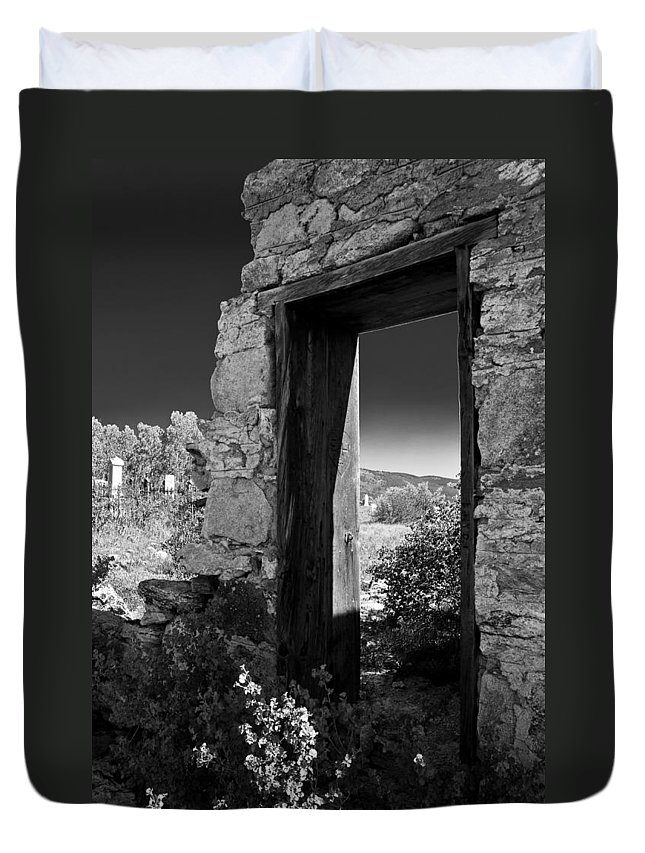 Cemetary Duvet Cover featuring the photograph Still Standing by Colleen Coccia