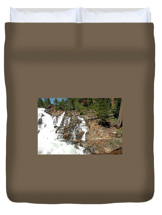 Usa Duvet Cover featuring the photograph Streaming Glen Alpine Falls by LeeAnn McLaneGoetz McLaneGoetzStudioLLCcom