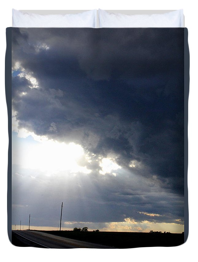 Street Lights Duvet Cover featuring the photograph Street Lights by Ed Smith