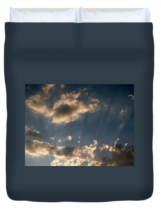 Clods Duvet Cover featuring the photograph Sunbeams From Heaven by Michele Nelson