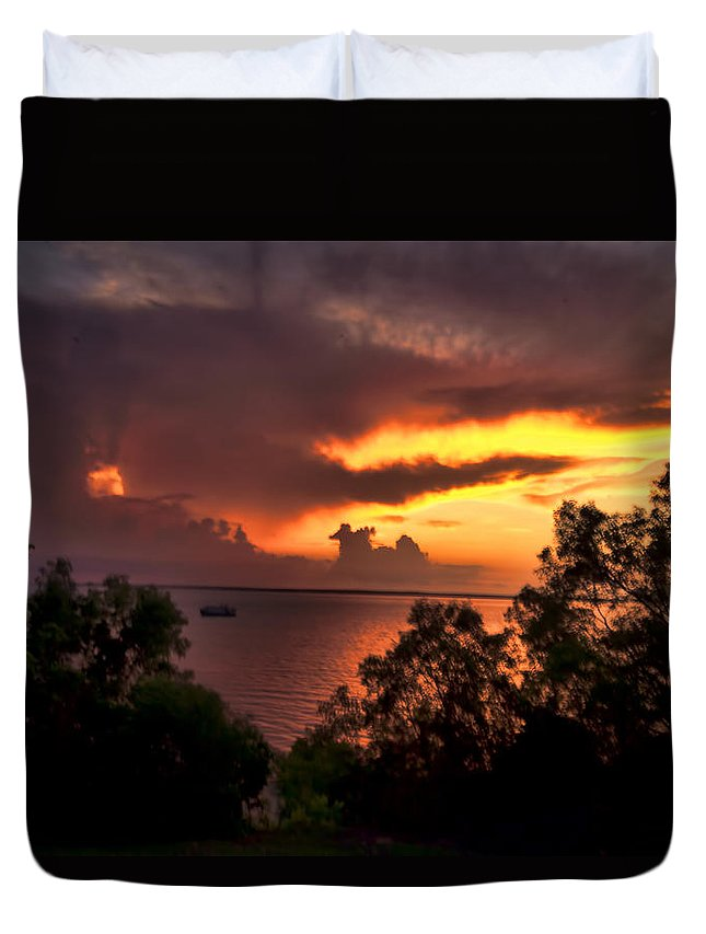 Darwin-northern Territory Duvet Cover featuring the photograph Sunset At The Top-end by Douglas Barnard