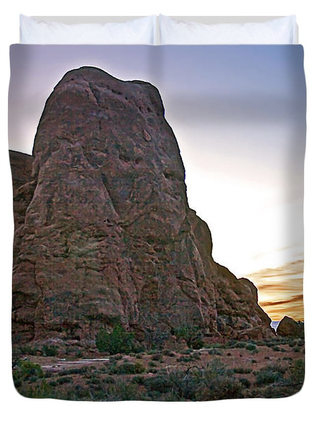 Arches National Park Duvet Cover featuring the photograph Sunset At Turret Arch by Robert Bales