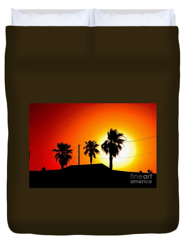 Sunset Duvet Cover featuring the photograph Sunset In Port Aransas Texas by Susanne Van Hulst
