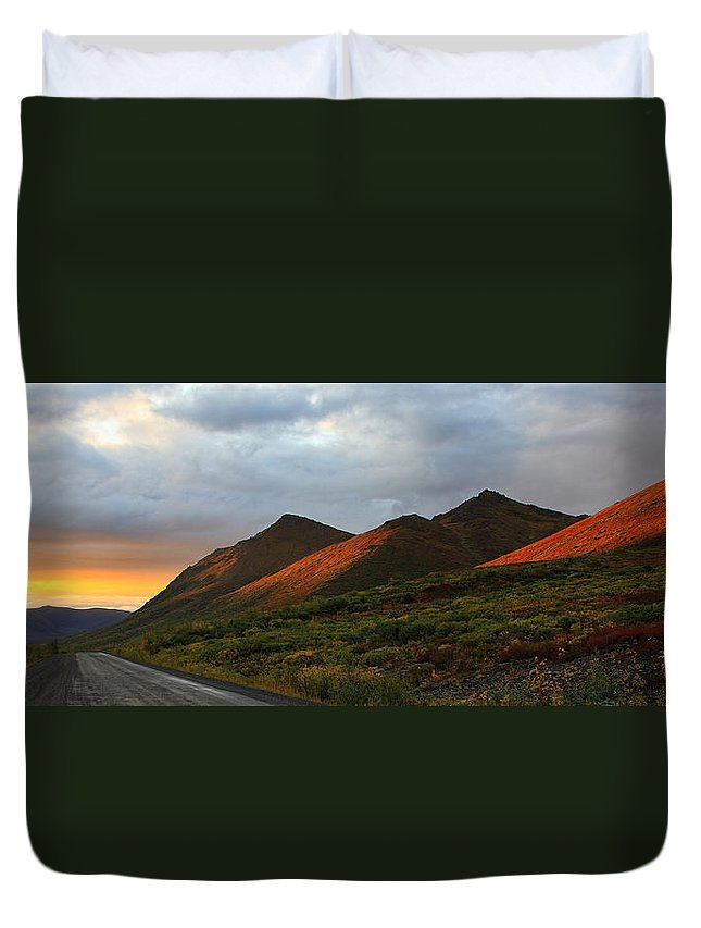 Light Duvet Cover featuring the photograph Sunset Light Hitting The Mountains by Robert Postma