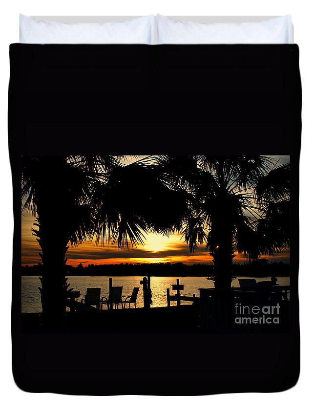 Sunset Duvet Cover featuring the photograph Sunset Memories by Benanne Stiens