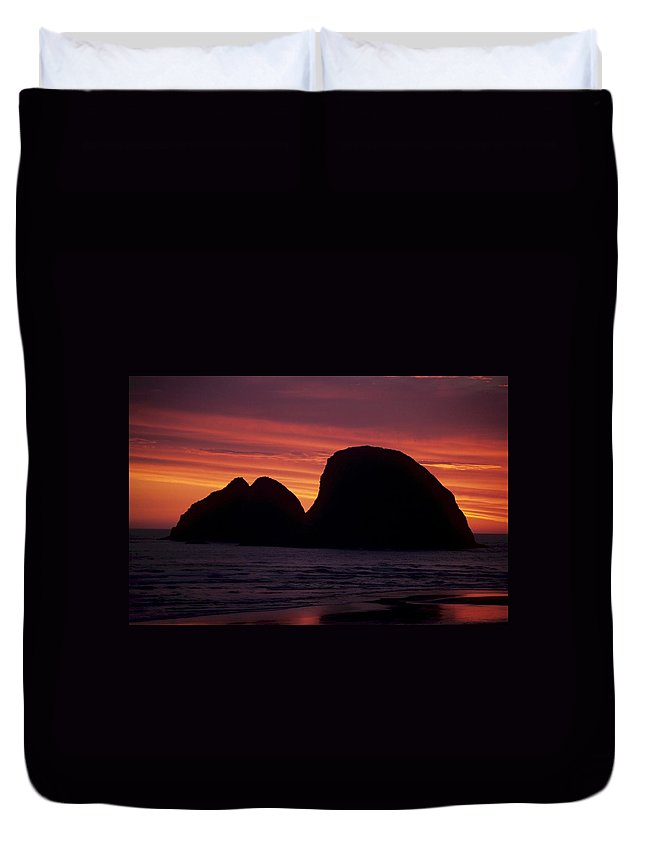 Ocean Duvet Cover featuring the photograph Sunset On Three Arch Rocks Bird Sanctuary by One Rude Dawg Orcutt