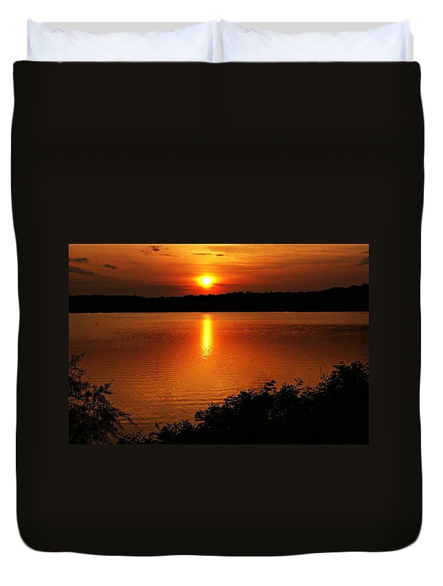 Sunrise Duvet Cover featuring the photograph Sunset Xvi by Joe Faherty