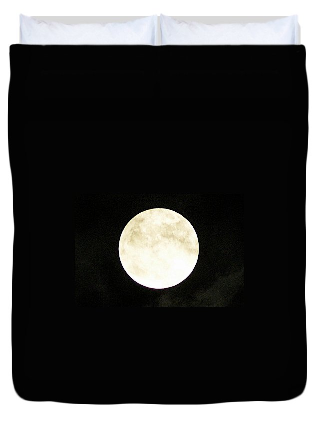 Super Duvet Cover featuring the photograph Super Moon I by Joe Faherty