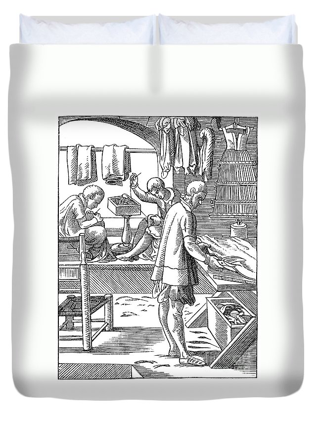 16th Century Duvet Cover featuring the photograph Tailors, 16th Century by Granger