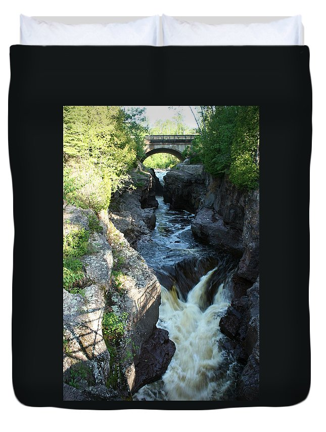 Duvet Cover featuring the photograph Temperance River 3 by Joi Electa