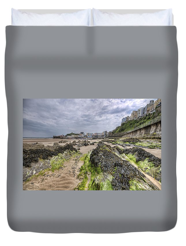 Tenby Pembrokeshire Duvet Cover featuring the photograph Tenby Rocks 2 by Steve Purnell