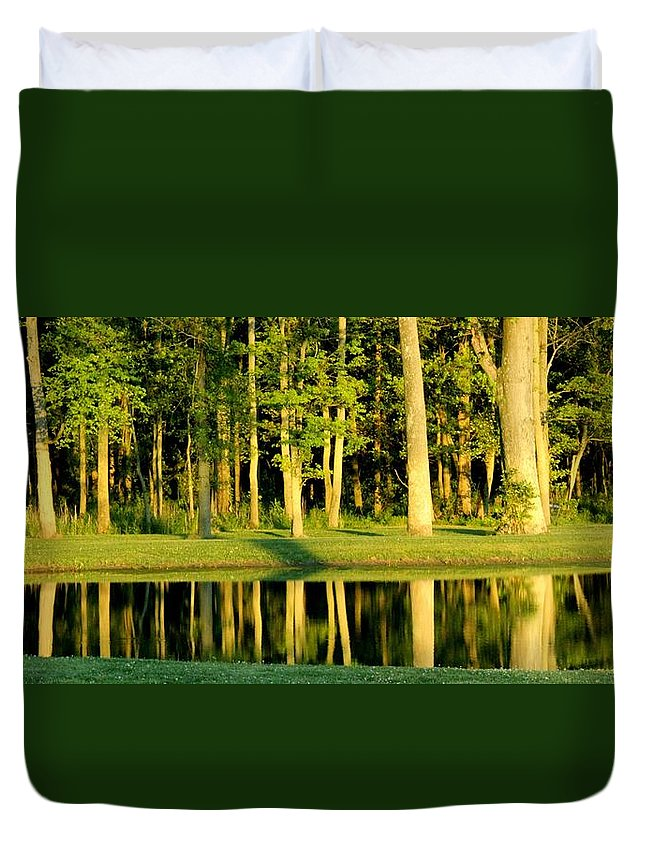 The 14th Green Duvet Cover featuring the photograph The 14th Green by Ed Smith