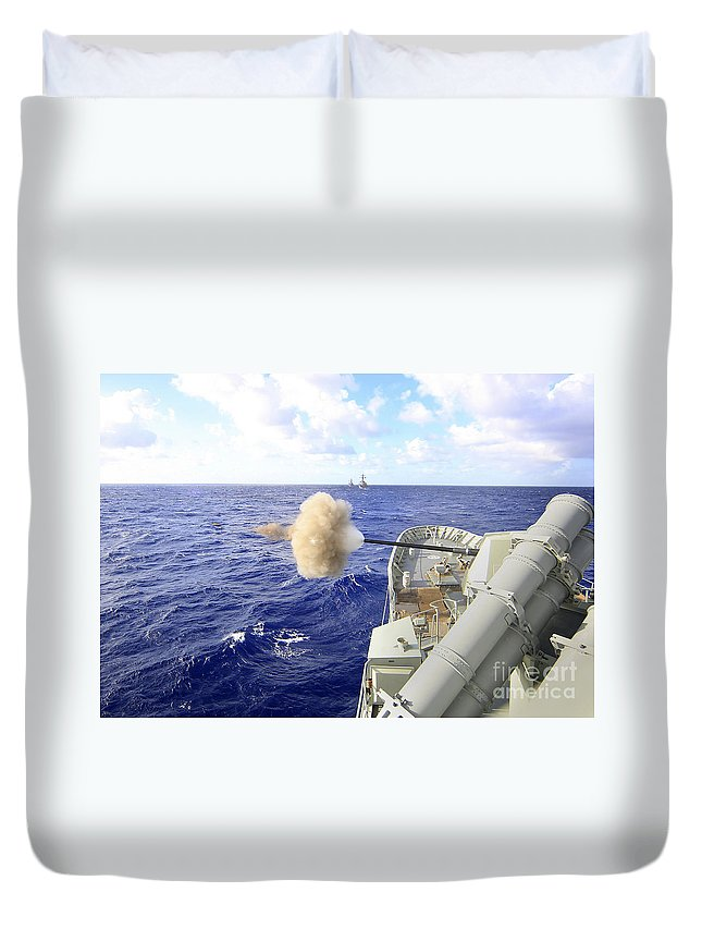 Rimpac Duvet Cover featuring the photograph The Australian Navy Frigate Hmas by Stocktrek Images