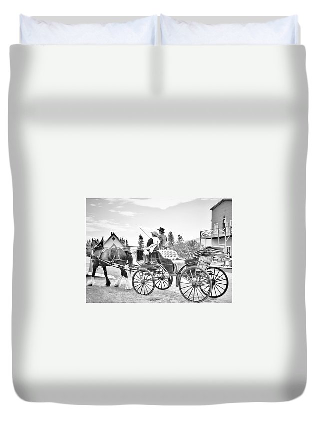 Street Photography Photographs Framed Prints Photographs Framed Prints Duvet Cover featuring the photograph The Ave by The Artist Project