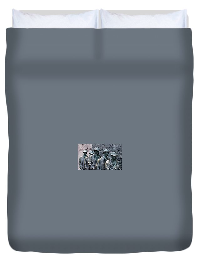 Roosevelt Memorial Duvet Cover featuring the photograph The Breadline Franklin Delano Roosevelt Memorial by Jack Schultz