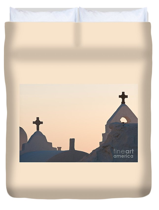 Arches Duvet Cover featuring the photograph The Church Of Panagia Paraportiani by Kim Pin Tan