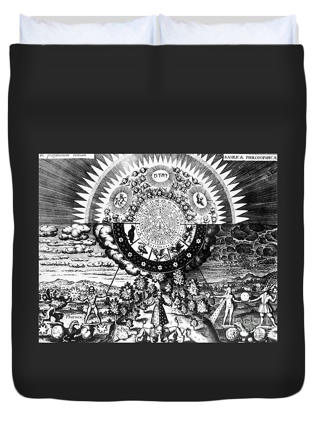 History Duvet Cover featuring the photograph The Emerald Tablet, 1618 by Science Source