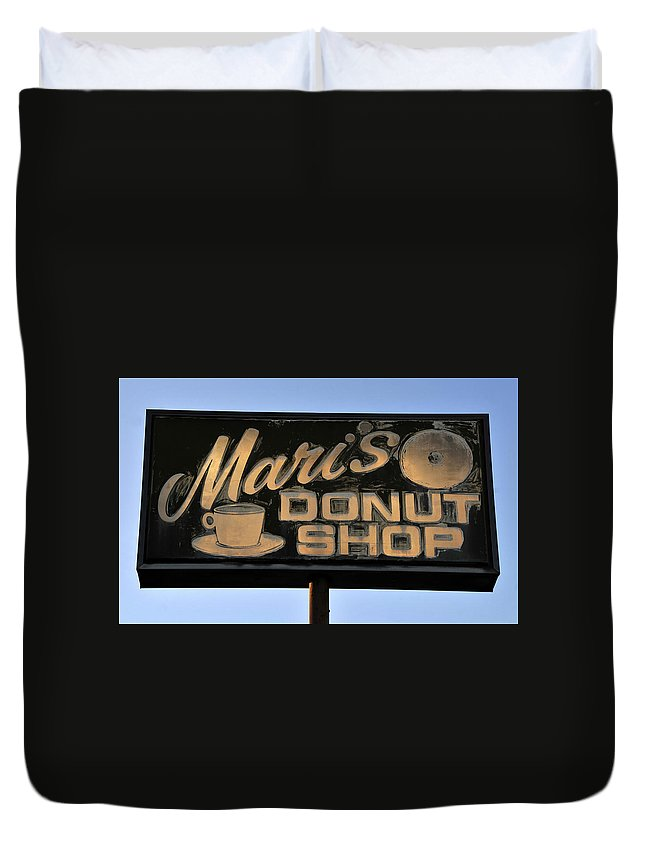 Fine Art Photography Duvet Cover featuring the photograph The Old Donut Shop by David Lee Thompson