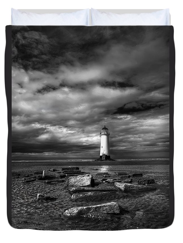 Beach Duvet Cover featuring the photograph The Old Lighthouse by Adrian Evans