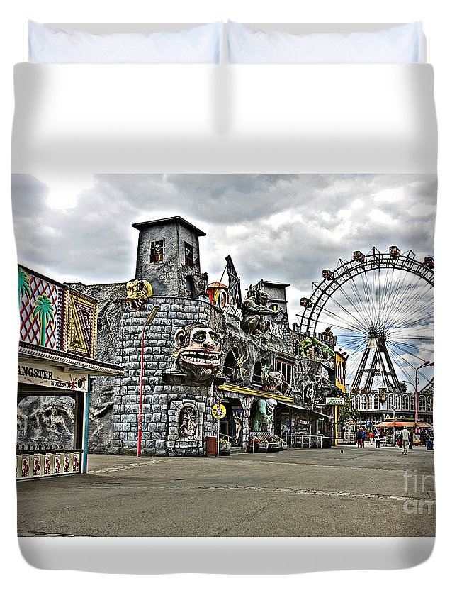 Ferris Wheel Duvet Cover featuring the photograph The Prater In Vienna by Madeline Ellis