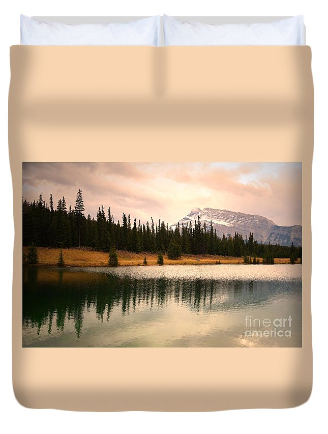 Banff Duvet Cover featuring the photograph The Sparkle by Tara Turner