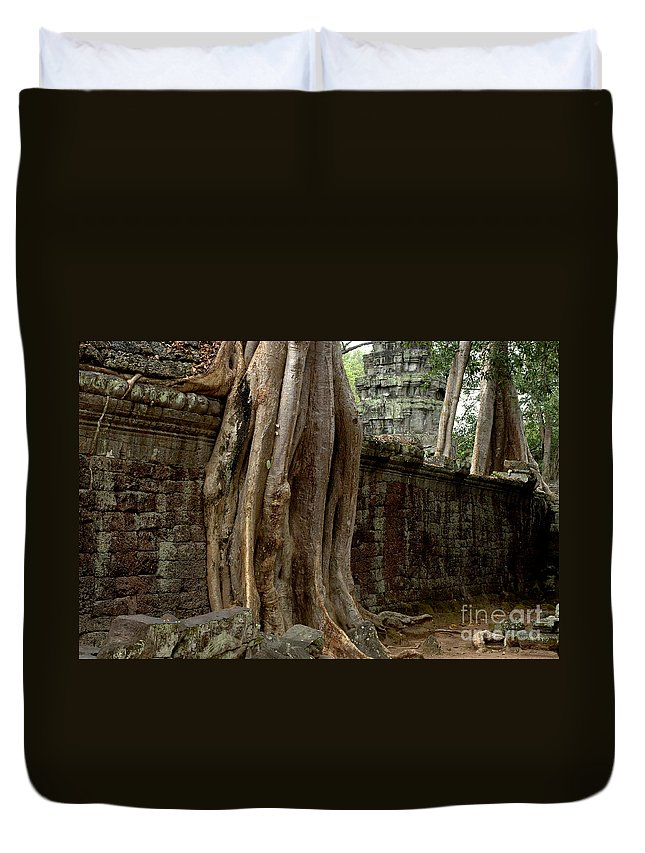 Travel Duvet Cover featuring the photograph The Wall At Ta Prohm by Bob Christopher